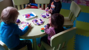 home daycare 24/7 in Barrie Ontario child care childcare in Barrie